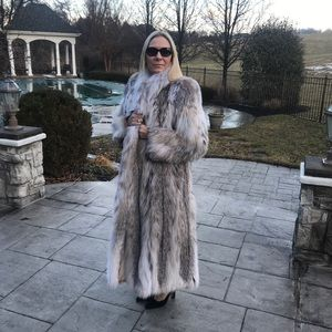 Jackets & Blazers - Full length Canadian Lynx Coat